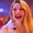 «Молода вовчиця»: Тина Кароль восхитила сеть ярким нарядом и красными губами