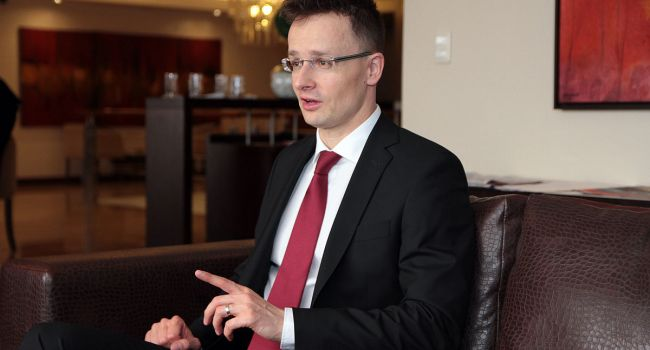 «Надеемся на Зеленского»: Сийярто жестко прокомментировал принятие языкового закона в Украине