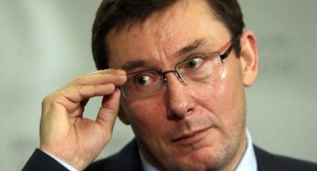 Юрий Луценко заявил, что не видит никаких причин для своей отставки