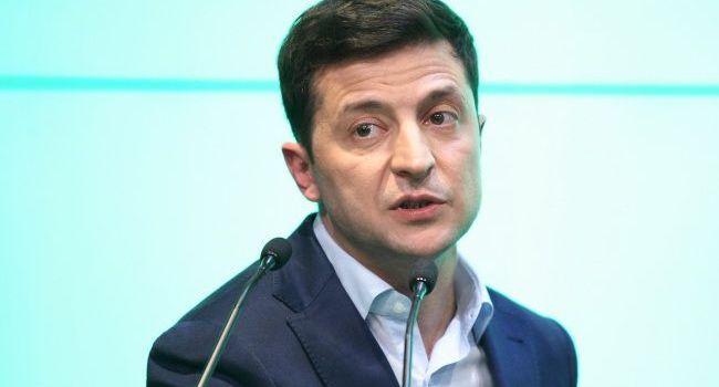 Арестович: мы постепенно увидим, как на наших глазах Зеленский превращается в того же Порошенко