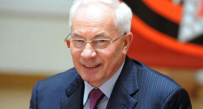 Азаров: «Нелюди осмелились осквернить память человека, которого уважали Рузвельт и Черчилль»