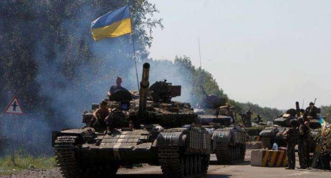 «Оккупанты реально обос*ались»: танкам и другой военной техники ВСУ, которая движется на Донбасс, нет числа — Girkin