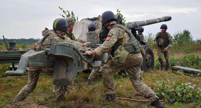 Активист: местные со Станицы Луганской просили наших военных не уходить