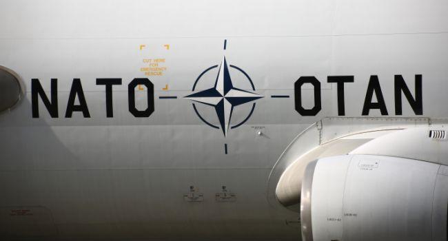 Военные самолеты НАТО со спецназом спешат в Украину