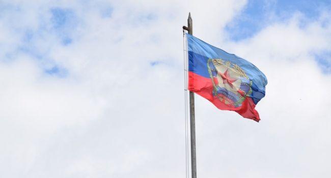 «ЛНР»: ВСУ размещают бронетехнику рядом со школами и жилыми домами