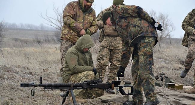 Война на Донбассе: боевики из гранатомета обстреляли Майское