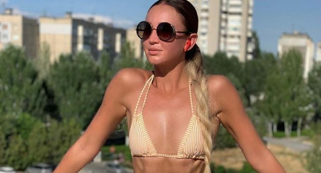 Ольга Бузова остается артистичной и эротичной даже в костюме таракана