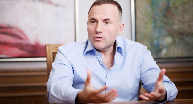Главный коррупционер Украины Павел Фукс дал десять советов новой Верховной Раде