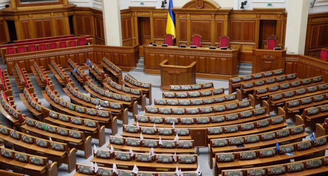 Демократия предусматривает, что в парламент могут избрать любого человека - правозащитник