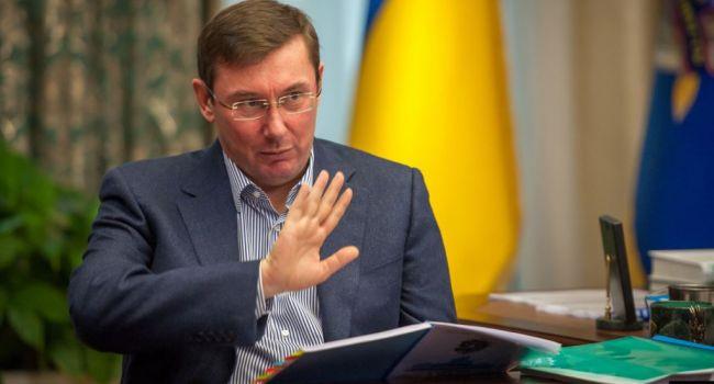 Павел Нусс призывает Луценко не спешить подавать в отставку