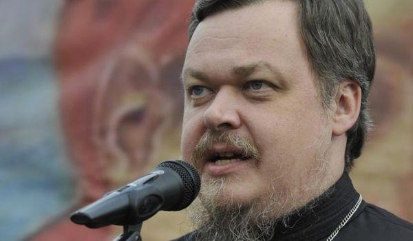 «Православный человек не может подобного рода вещи говорить всерьез»: в РПЦ оправдались за «разговор» с Дарвином