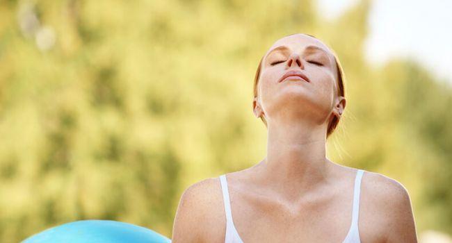 Медики рассказали, как человек должен правильно дышать
