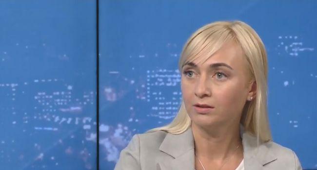 «Не штрафы, а сенсорная кнопка»: Устинова объяснила, как можно решить проблему неперсонального голосования в парламенте