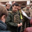 Блогер: разведение войск прошло бы спокойнее, если бы перед уходом с позиций Зеленский вернул Дебальцево, Горловку или Алчевск