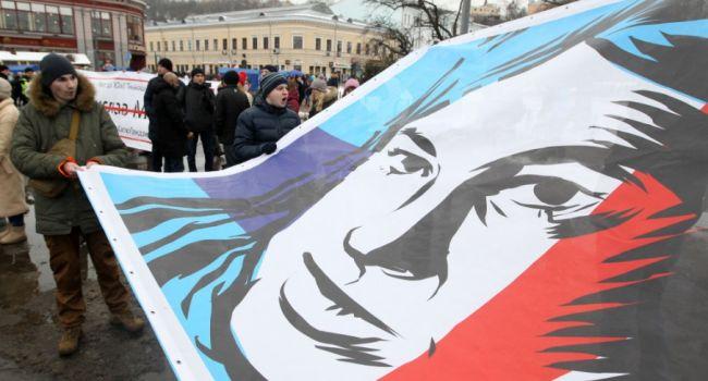 Блогер: Полгода Зеленский – президент и имеет власть, которой не было даже у Януковича. Прогресса в деле Гандзюк – ровно ноль