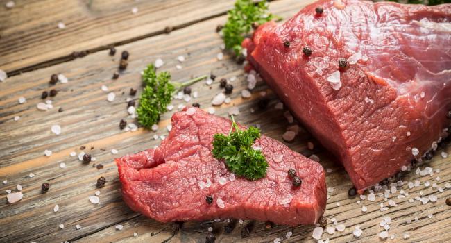 Это можно включать в рацион: Диетолог опровергла мифы о вреде хлеба и мяса