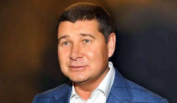 Онищенко возвращается в Киев: СМИ назвали дату прибытия политика