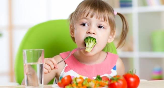 «Если вам не нравится, то не давайте»: Комаровский рассказал о странных вкусовых привычках у малышей
