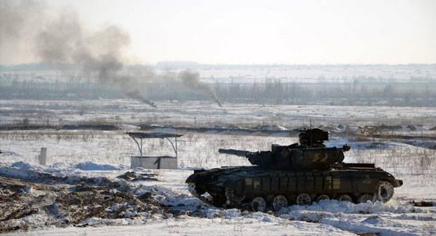 Повноцінний наступ: На Донбасі йдуть жорсткі бої, гримить весь фронт – Гіркін