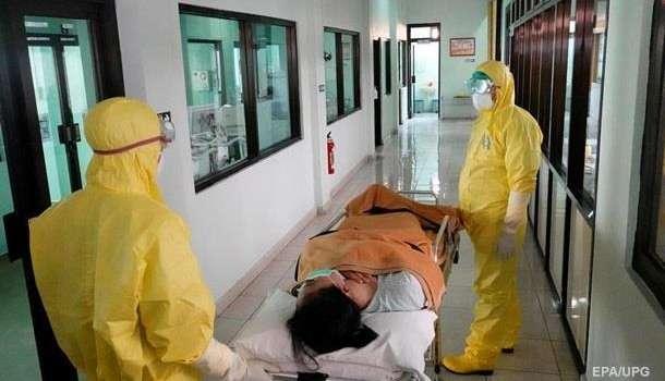 Свыше 1700 медработников Китая заразились коронавирусом