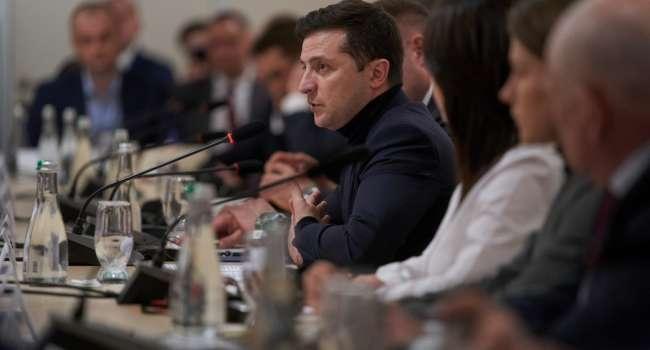 Политолог: 100% свой Генпрокурор уже не подходит – Зеленский за отставку Рябошапки