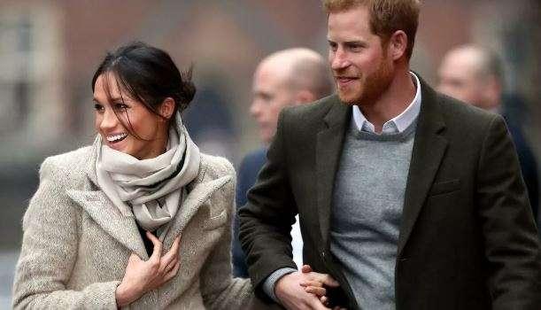 После отказа от королевских полномочий принц Гарри и Меган Маркл впервые прибыли в Лондон