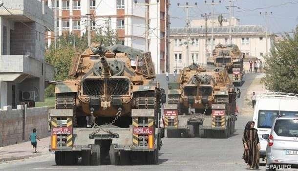 «Эрдогану надоела ложь России»: Крупный военный конвой Турции вошел в Идлиб