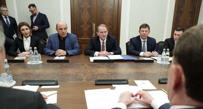 Политолог: Кремль признал неполномочным президента Зеленского