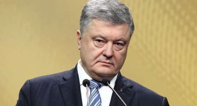 Ветеран АТО: Порошенко также неожиданно прилетел в Украину, как и улетел внезапно