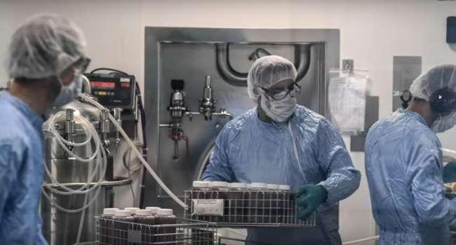 Сроки зависят от условий: ученые рассказали, сколько по времени коронавирус может выживать на поверхностях
