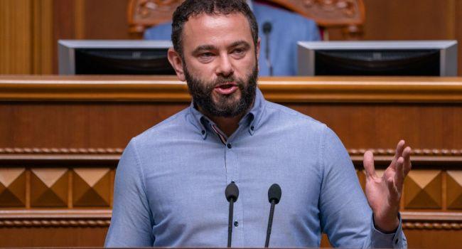 Политолог: сегодня Дубинский действительно утер нос Зеленскому, причем полностью конституционным способом
