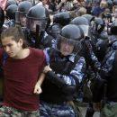 Журналист: гнев растет – уже в июле россияне могут выйти на массовые протесты