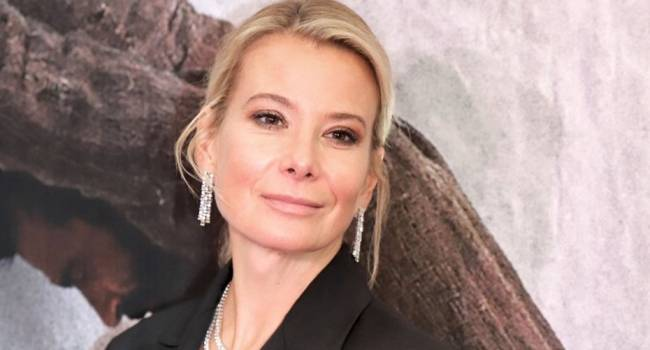 «Вы совсем не изменились»: Высоцкая показала, как она выглядела в день знакомства с Кончаловским