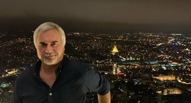 «Петь он не умеет, зато охотно фотографируется»: Валерий Меладзе показал своего двойника