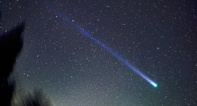 Самое большое событие за 10 лет: над Краматорском пролетела горящая комета