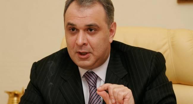 Сюмар: в Кремле решили выпустить своего «подснежника»
