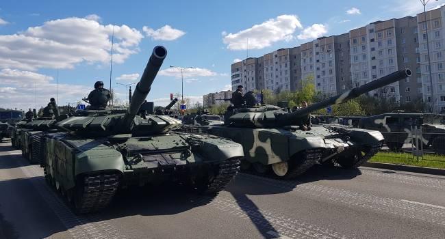 «Батька готовится к войне с РФ?»: Беларусь перебрасывает на границу с Россией танки и БТР
