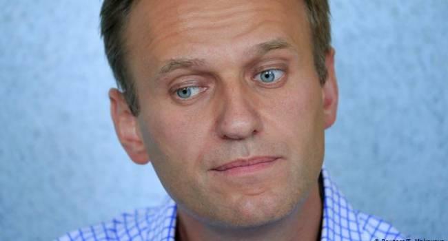 «Отравление Навального»: Меркель и Макрон готовы оказать помощь российскому оппозиционеру