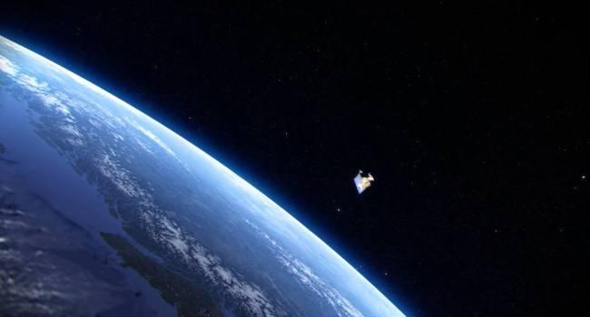 Сегодня на Землю упадет российский спутник