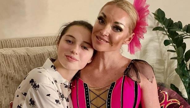 Анастасия Волочкова поздравила свою единственную дочь с днем рождения, вспомнив и рассказав о родах
