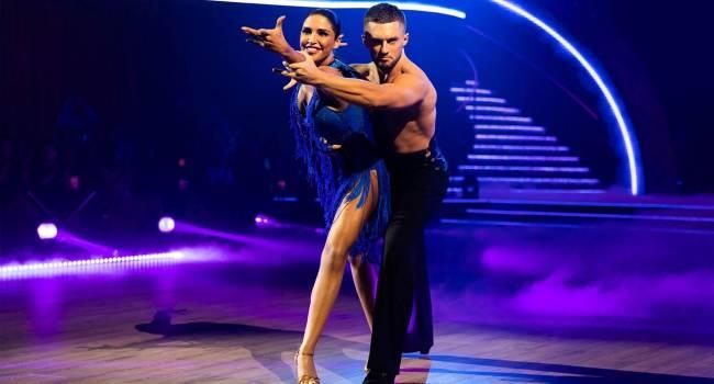 «Обожаю твои бекстейджи! Очень красиво»: Санта Димопулос показала страсти, которые развернулись за кулисами шоу «Танцы со звездами»