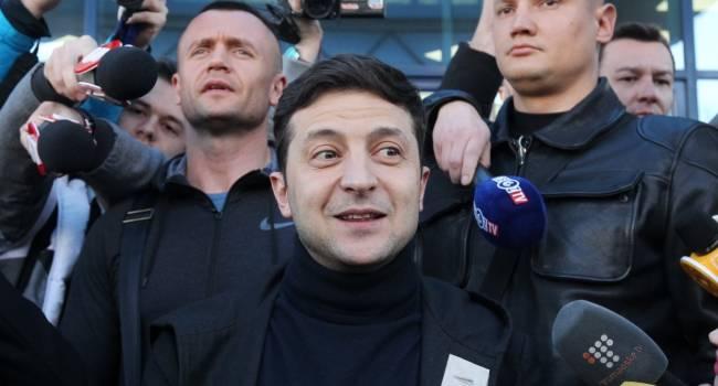 Избирателей Зеленского предупреждали еще перед выборами, когда их кумир ездил на машине Коломойского с охраной Коломойского, – блогер