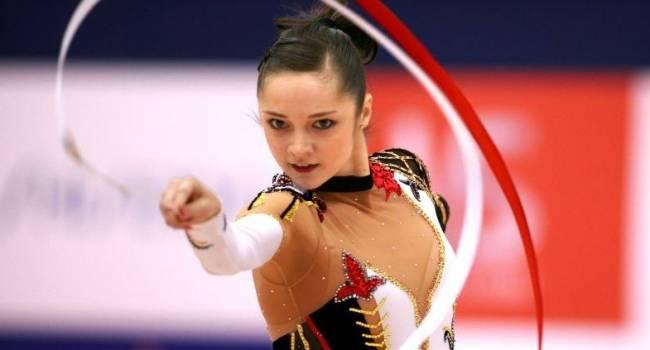 36-летняя украинская гимнастка Анна Бессонова родила первенца: в сети появилось первое фото малыша
