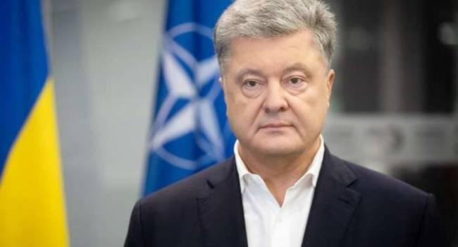 Политолог: украинцы не доверяют старым политикам, единственный у кого рейтинг недоверия сокращается – Порошенко