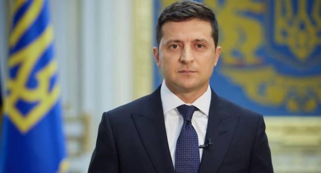 Павлов: Зеленскому вместо того, чтобы давать неадекватные советы украинцам, следовало бы прислушаться к плану Порошенко