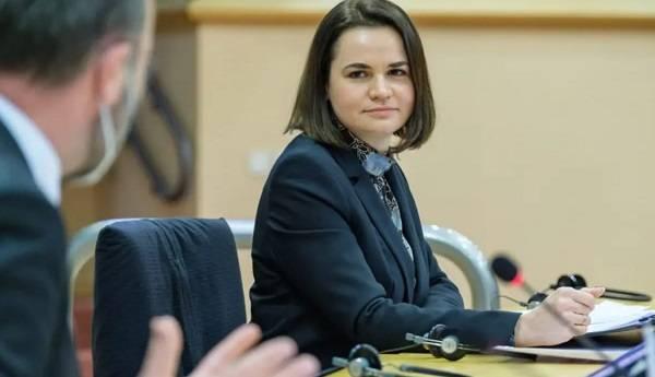Кулеба о желании Тихановской приехать в Украину:  Она должна четко ответить на вопрос по Крыму