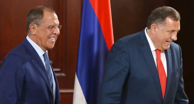 Додик подарил Лаврову икону: МИД РФ придется отдать украденное в Луганске Интерполу