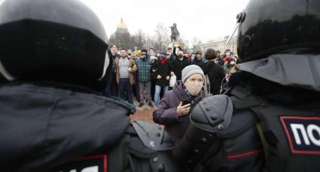 Сегодня на протесты в России вышло немало россиян, которые публично выходили на марши мира, осуждали оккупацию Крыма, – Матвийчук