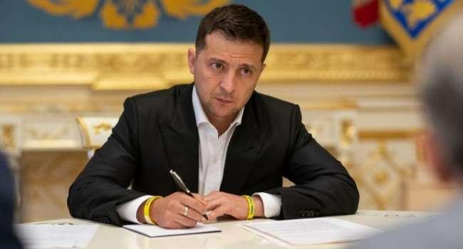 Блогер: уголовных дел против Козака нет, Медведчук на свободе – вот в этом и весь смысл «санкций» Зеленского