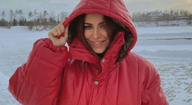 «Как ярко. Нереальная»: Ани Лорак показала свой повседневный стиль, а также заявила, что эта зима изменит ее жизнь